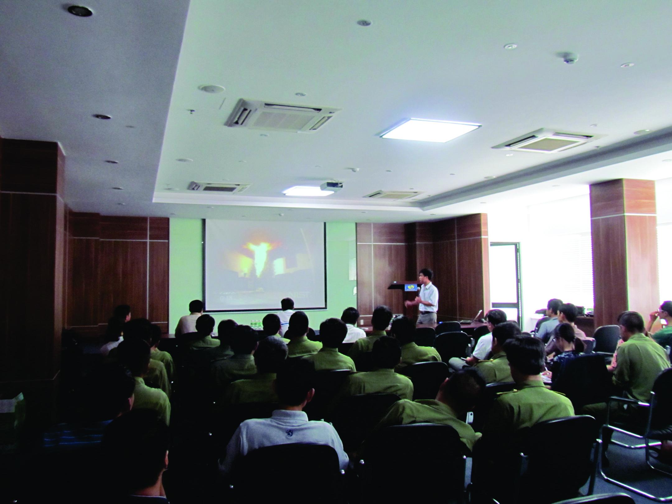 Khai giảng khóa học cho thành viên ban quản trị, ban quản lý  Công ty CP đầu tư VCN